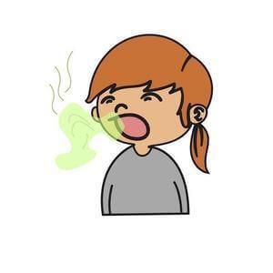 Mädchen mit Mundgeruch